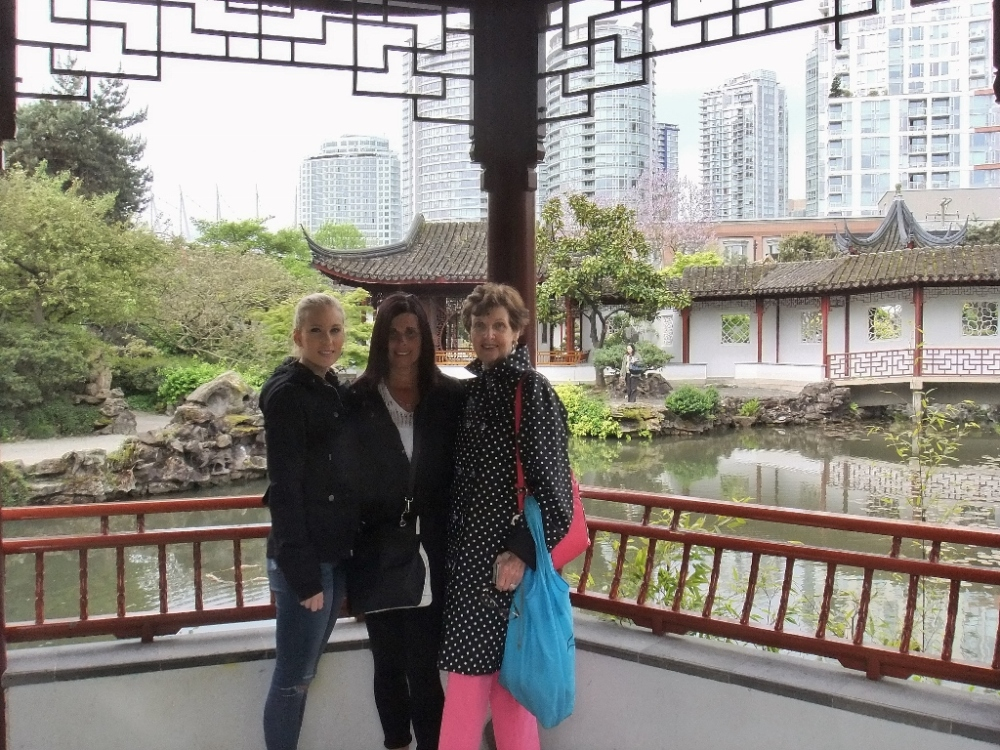 The Girls Take Vancouver (3/6)