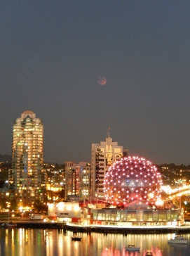 Blood moon over Telus Science World, November 2015